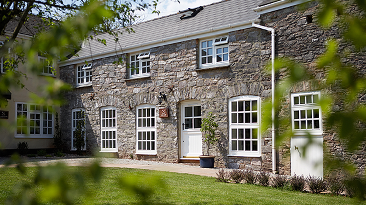 Arch Holiday Cottage